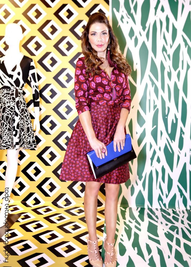 Shireen Sandoval, Shireens Favorite Things, Fashion blog, wsvn, deco drive, photoshoot, beautiful, DVF, Diane von Furstenberg, Wrap Dress