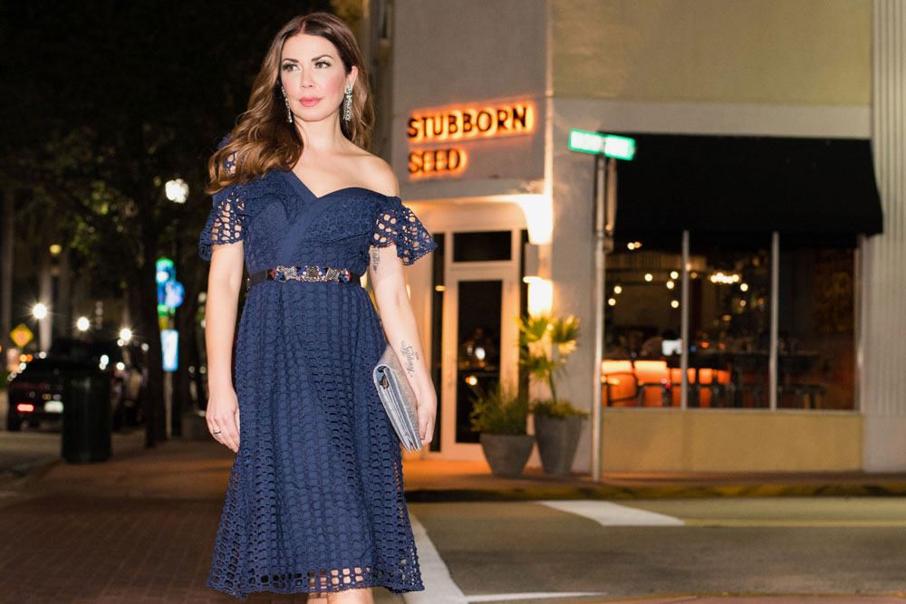 Shireen's Spotlight at Stubborn Seed. Blue Vchic Boutique off-the-shoulder dress on South Beach.  Shireen Sandoval weekly fashion and food blog based out of Miami, Florida.